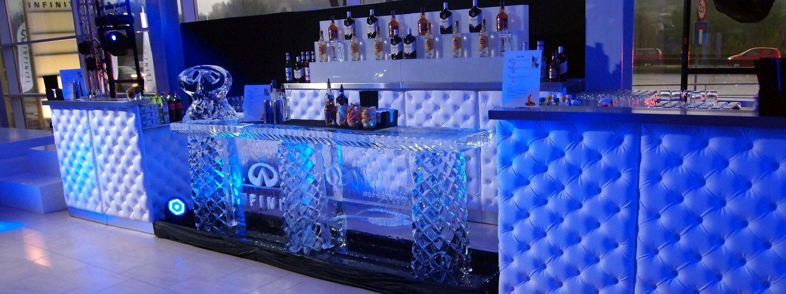 Bar wykonany z lodu